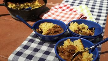 cast-iron-chili-and-cornbread